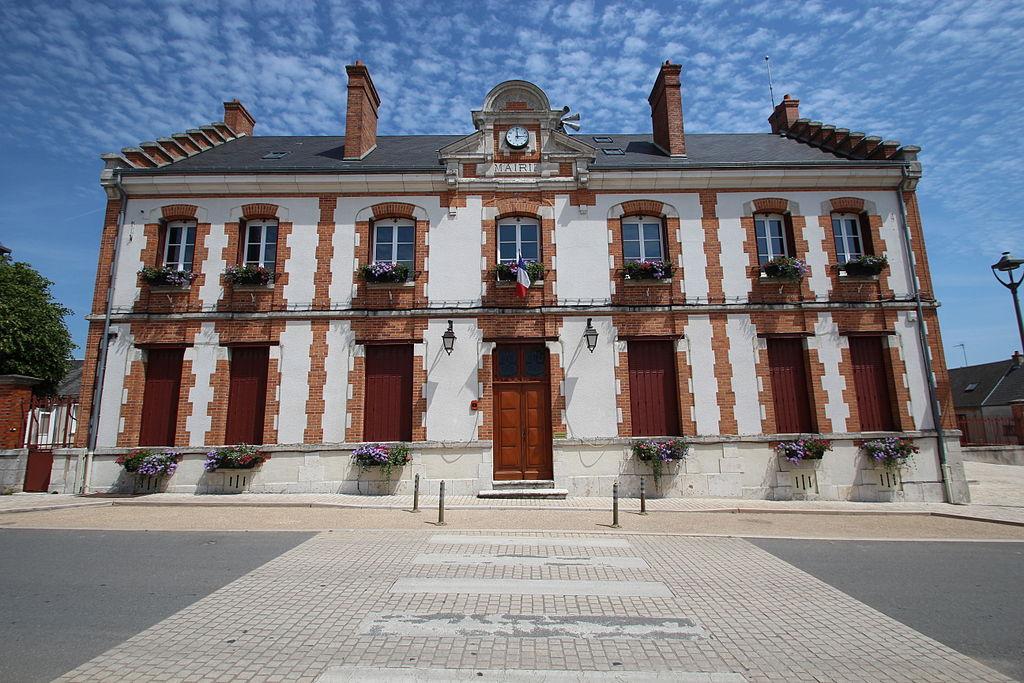 mairie_de_gidy_en_juin_2014_-_1